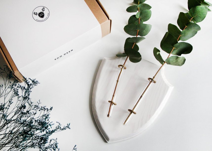 eco_deer_wall_planter_white