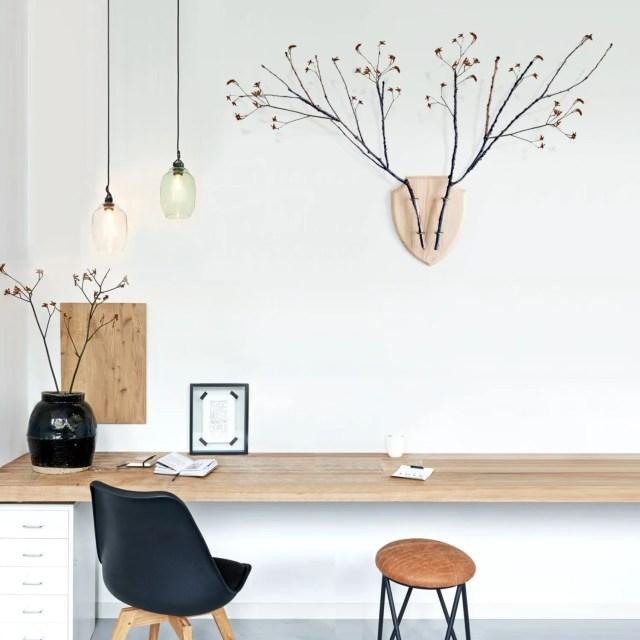 eco_deer_wall_planter_wood_desk