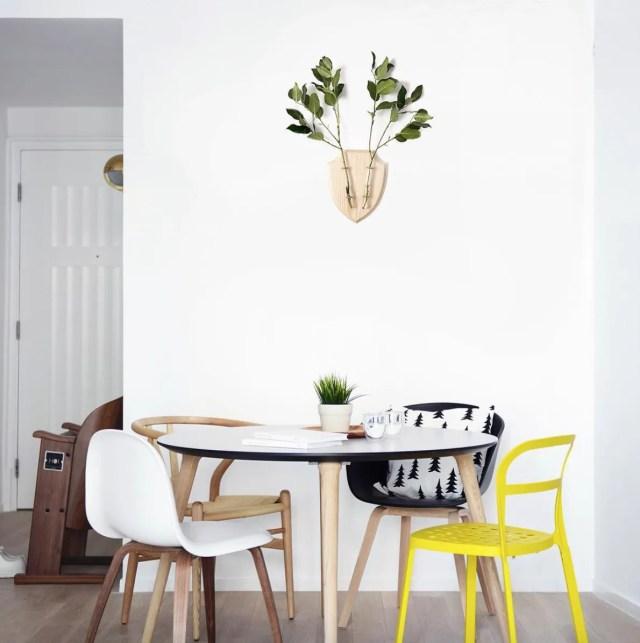eco_deer_wall_planter_wood_interior