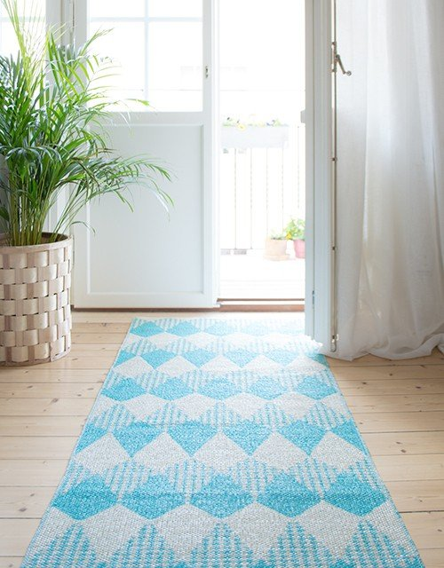 swedish_plastic_geometric_rug_design_6