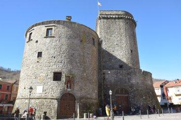 Varese Ligure Castle