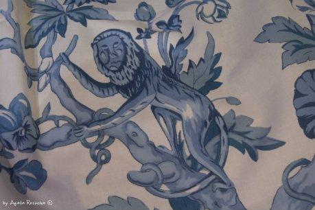 antic style mezzaro with monkey