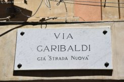 via Garibaldi street sign