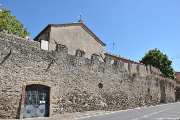 walls of Albenga