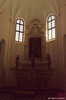 altar in st Katherin church