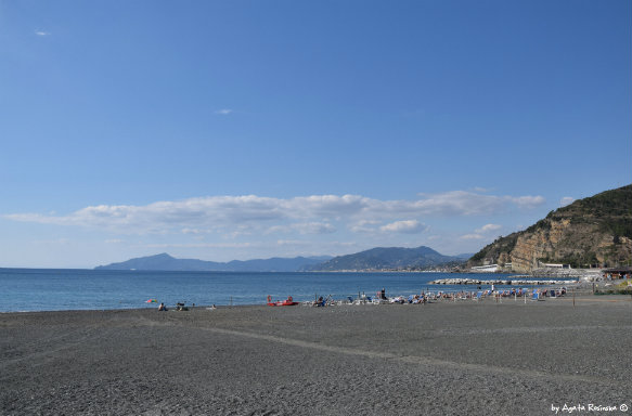 beach in Baia delle Favole view on gulf