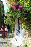 inhabitants Bussana Vecchia