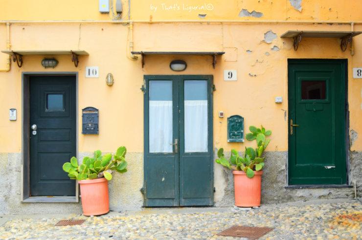 doors Boccadasse