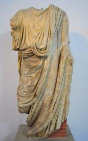 marble sculpture Luni