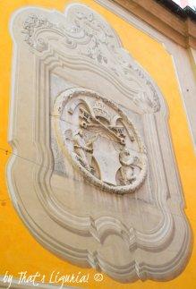 sumbols of Pope Sisto IV Savona