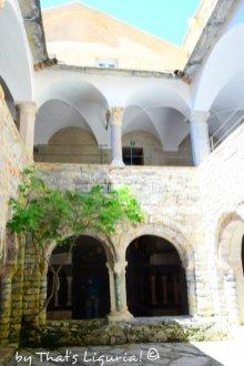 cloister San Fruttuoso
