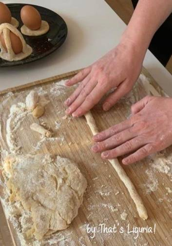 rolling dough for cavagnetti