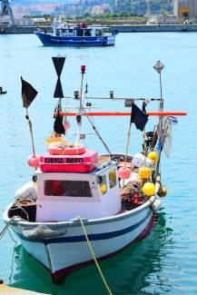 fisherman boat Oneglia