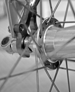 Road bike rear axle