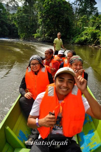 Melinau River cruising to Camp 5