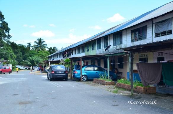 Sungai Rayu Long House