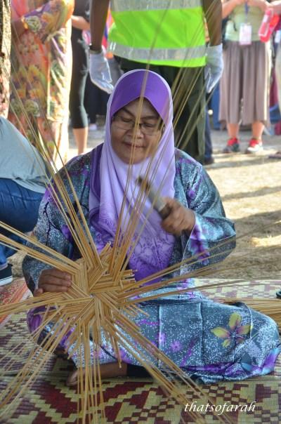 Anyaman Tikar