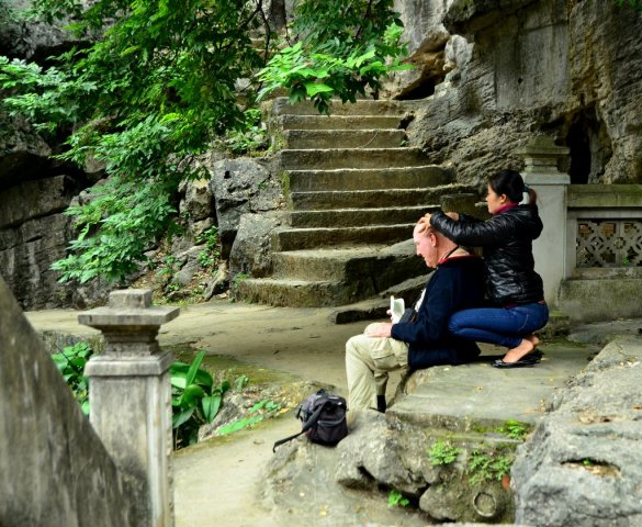 Vietnamese Massage at Bich Dong Temple