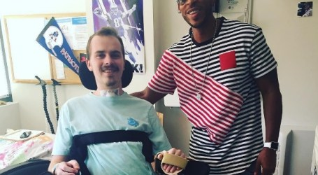 Ludacris Pays a Visit to Paralyzed Fan in Rehab Center