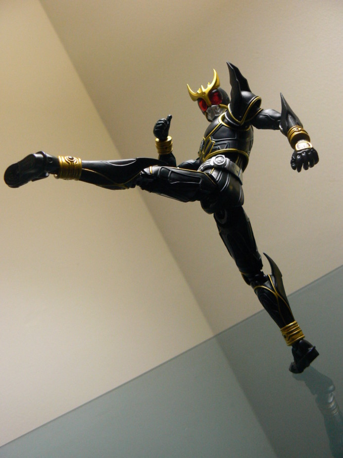 kamen rider kuuga ultimate form kick