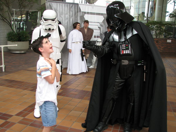 vader force choking some disrespectin' kid