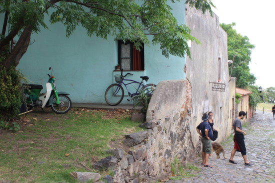 Colonia_del_sacremiento_uruguay_bici
