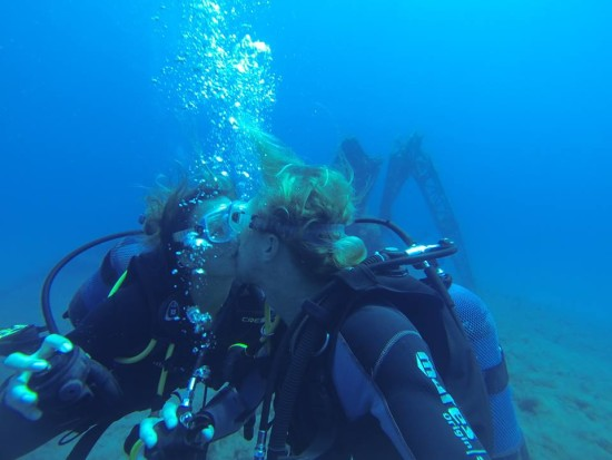 thom_renate_karpathos_diving