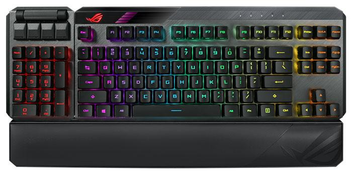 Use Both Hands To Type On The ASUS ROG Claymore II 5