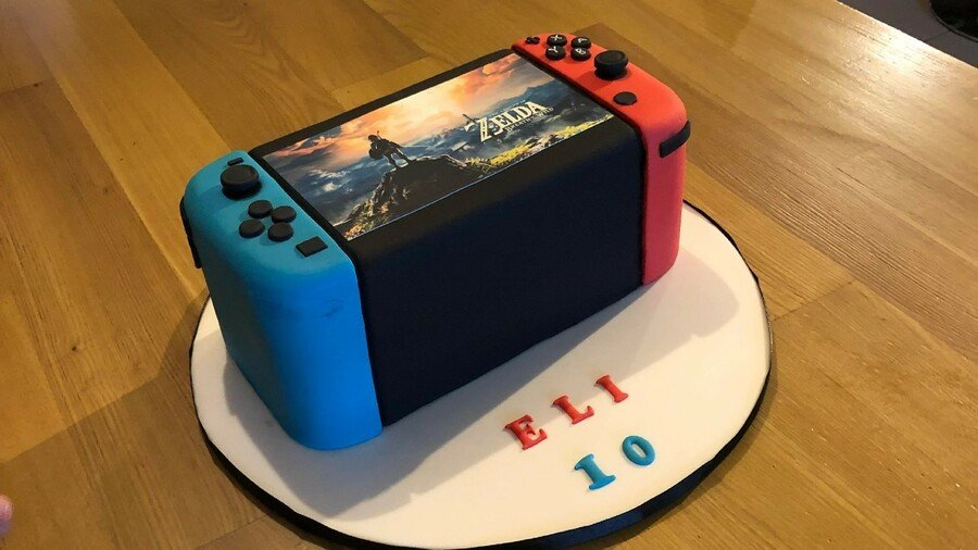 Random: This Nintendo Switch Birthday Cake Makes Us Want A Thick Switch 1