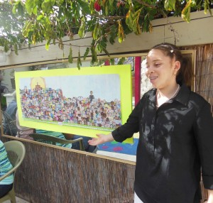 "Syance with her art piece ""Randomisity"""