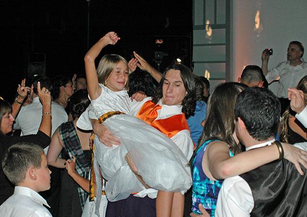 Austin and Talia on the dance floor