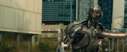 Cap's_Shield_Ultron_damaged
