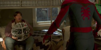 spider-man-homecoming-peter-parker-bedroom-ned-leeds