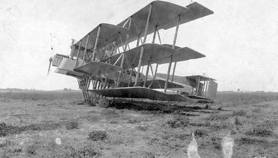 Johns_Multiplane_on_the_ground._Port_side_circa_1919.jpg