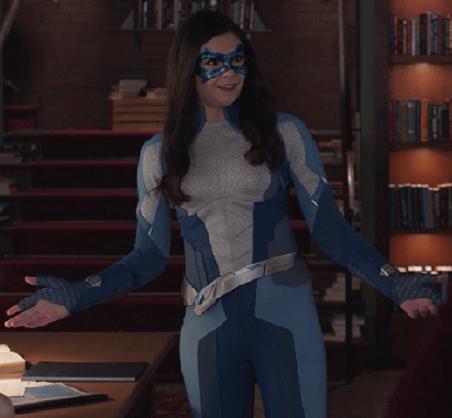 Supergirl - Nia (1)