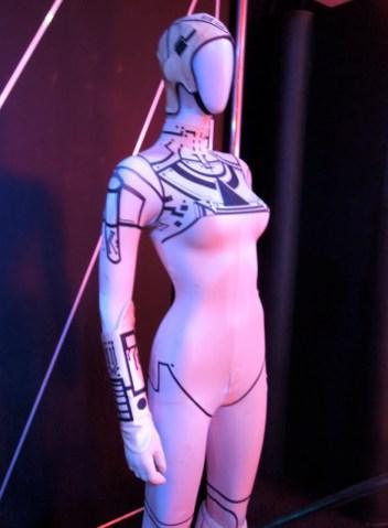 Yuri+Tron+movie+costume
