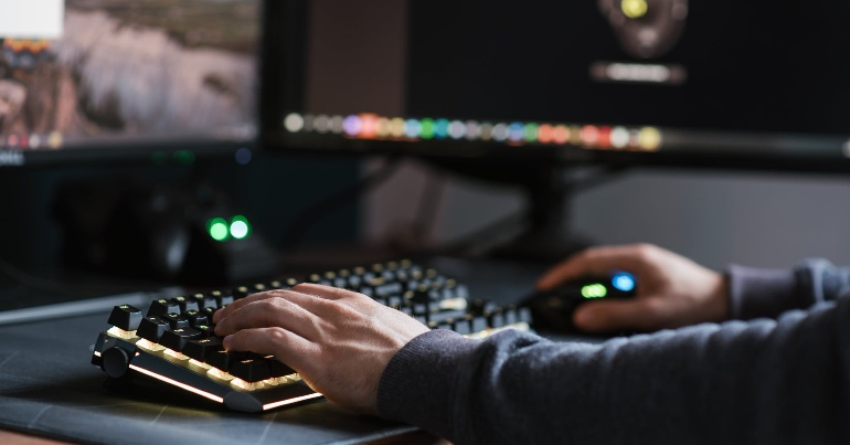 Extremists using Steam gaming service to connect, socialise, and recruit