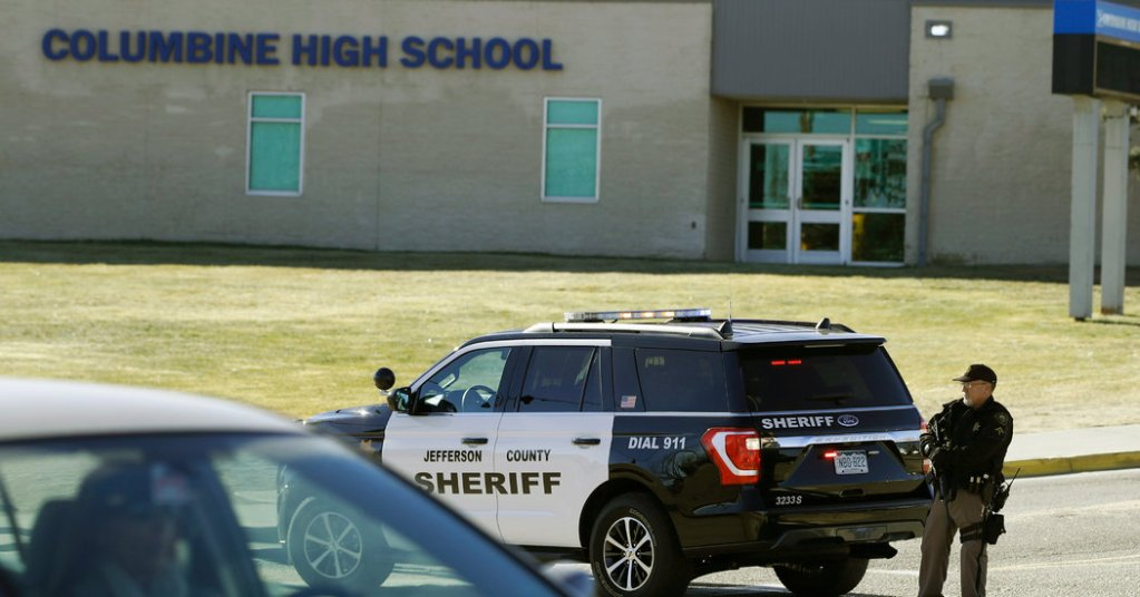 Bomb Threats Sent to Schools and Businesses Across U.S.