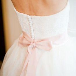 Stil svadby romantichnyi platie nevesty (26)