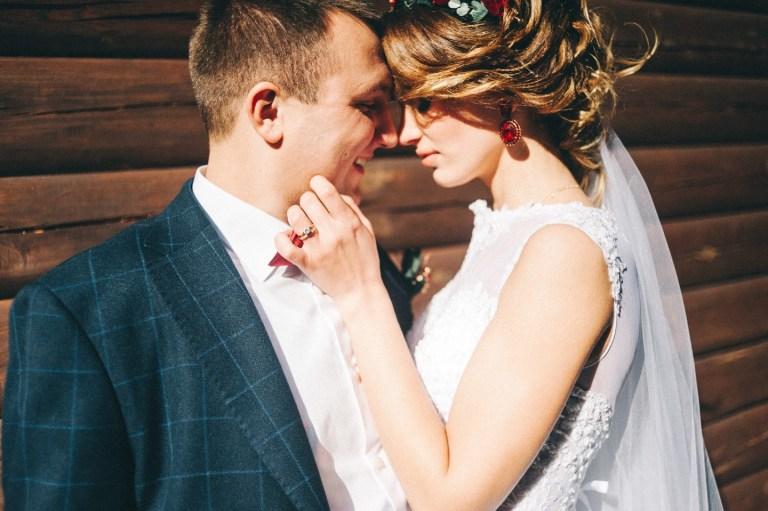 Любовь цвета бордо: свадьба Кати и Славы