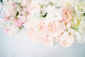 От пионов до ранункулюсов: полное руководство по букету невесты