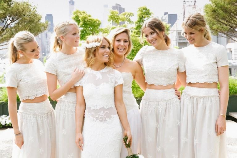 5 фраз, которые невеста не должна говорить своим подружкам