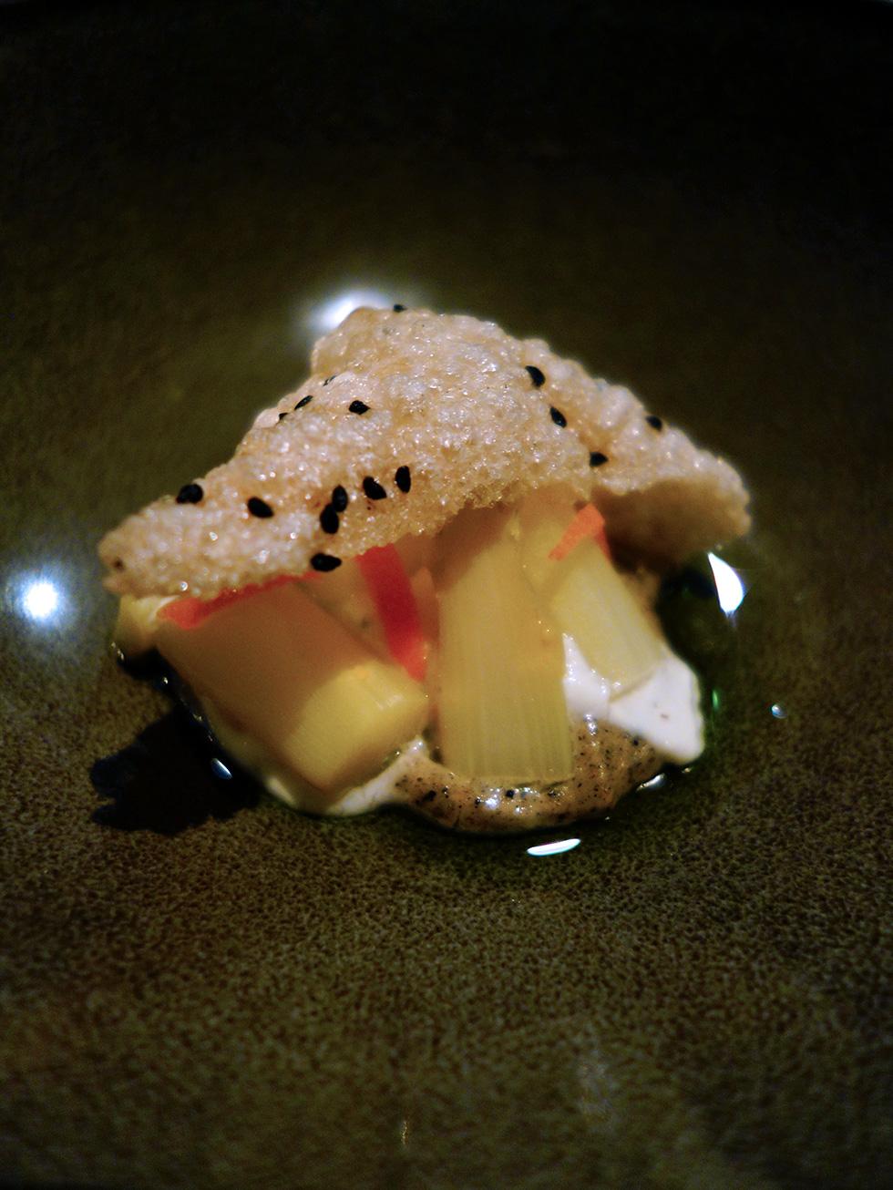 Restaurant Amuse - Asparagus, apple, ricotta and cumquat