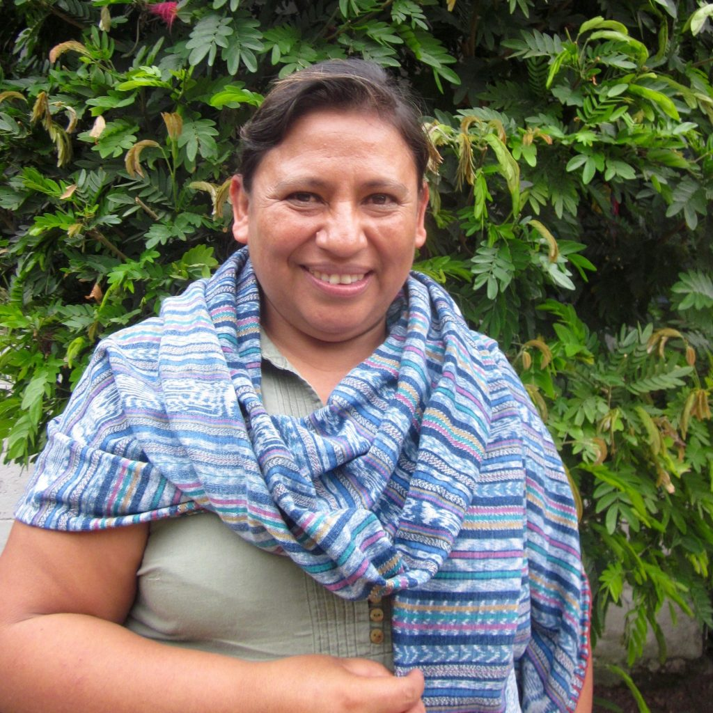 Embroidery Artisans in Guatemala   The Curious Button, an ethically conscious fashion and lifestyle blog.