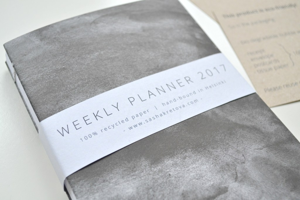 My Minimalist, Eco-Friendly and Ethically-Made 2017 Weekly Planner | The Curious Button