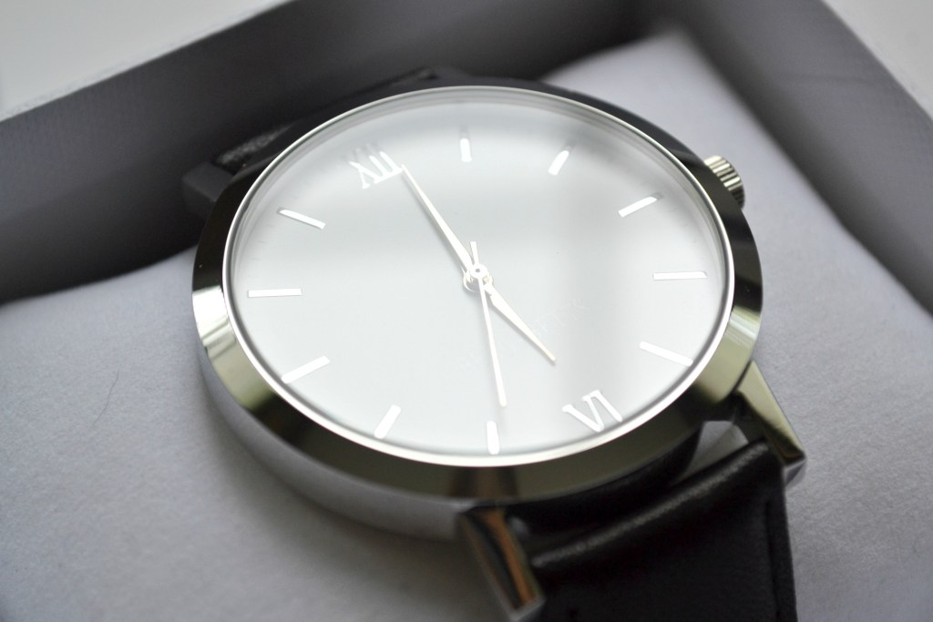 BERG + BETTS: Sustainable Leather Timepieces | The Curious Button