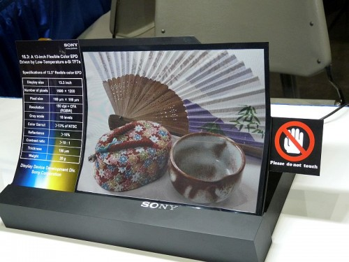 Sony unveiled a new color epaper screen today e-Reading Hardware
