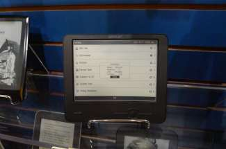 Hands On With the Wexler FlexOne eReader (video) Conferences & Trade shows e-Reading Hardware