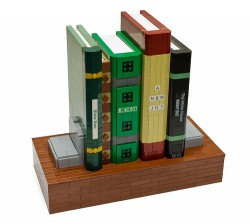 This Lego Bookshelf Safe Protects Your Small Plastic Knobbly Valuables (video) Geek Gear