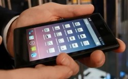 The Yotaphone Makes an Appearance at MWC (video) e-Reading Hardware